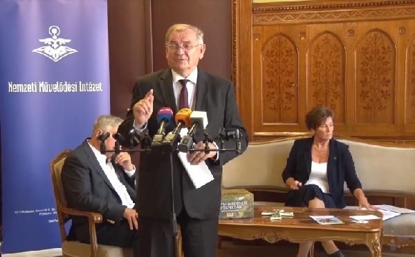 A Magyar Értékek Napjához hasonló eseményekre van szükség