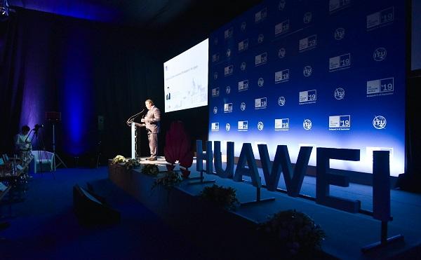 Magyarország internetlefedettségben a világ élvonalában jár