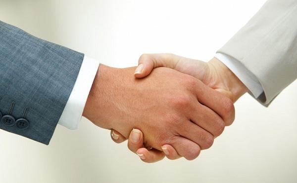 Stratégiai megállapodást írt alá Varga Mihály a világ legnagyobb bankjával