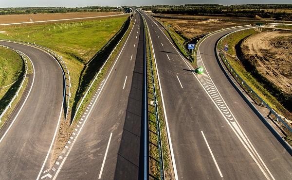 Átadták az M44-es gyorsforgalmi út Kondoros és Tiszakürt közötti szakaszát