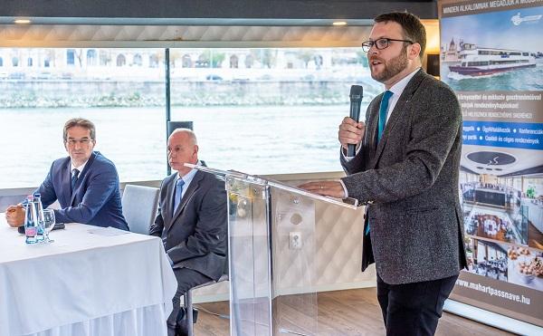 Duna-menti kikötők újulnak meg csaknem 1 milliárd forintból