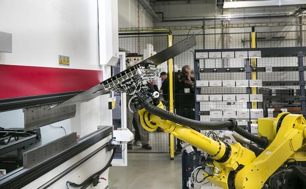Robottechnológiával működő üzem épült Salgótarjánban