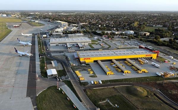 Felavatták a Budapest Airport új árukezelő központját