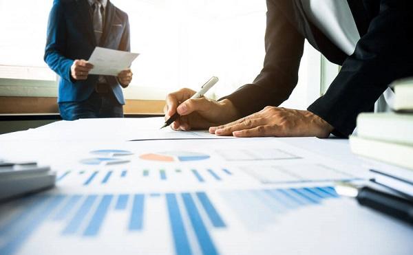 A kormány a jövő év elején újabb gazdaságvédelmi intézkedéseket vezet be