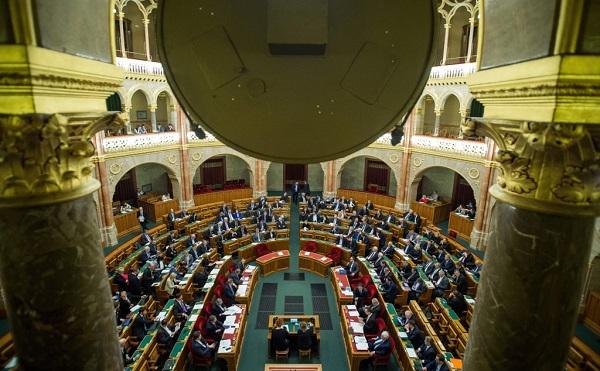 Áder János visszaküldött egy törvényt az Országgyűlésnek