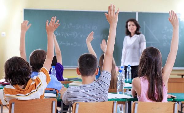 Átlagosan 30 százalékos béremelés a szakképzésben dolgozó pedagógusoknak