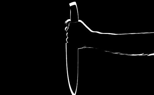 Késsel fenyegetőzött Debrecenben