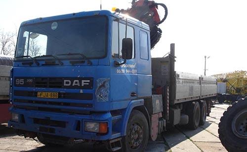 Mit nézzünk meg egy használt teherautón?
