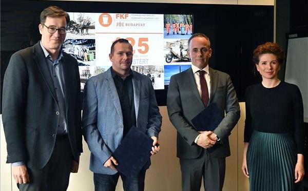 Aláírták a 2020-as bérmegállapodást az FKF-nél