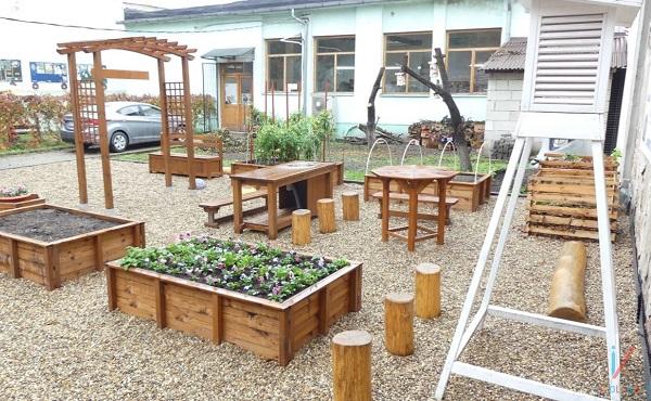 Bővülnek az iskola- és óvodakertek