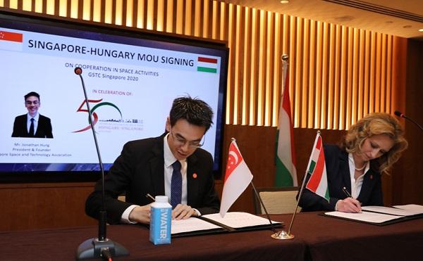 Hatalmas sikerrel mutatkozott be Magyarország a szingapúri űrtechnológiai konferencián
