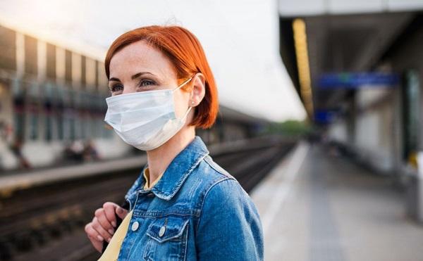 Csehországban továbbra is kötelező a szájmaszkok köztéri használata