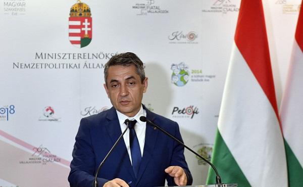 A kettős állampolgárságról szóló törvény elfogadása nemzetpolitikai mérföldkő