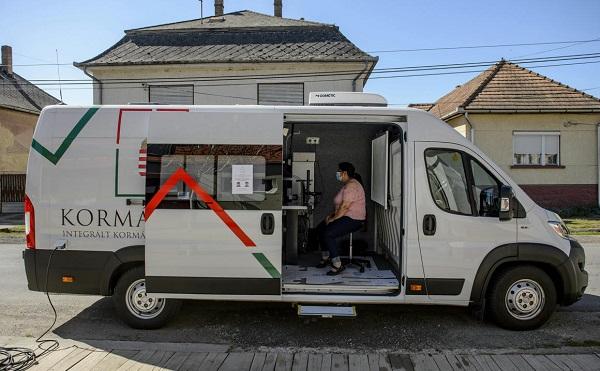 Budapesten is kormányablakbusz segíti az ügyintézést
