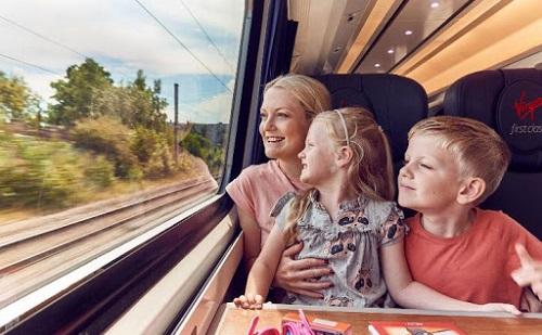 Nyáron is ingyen vonatozhatnak az iskolás csoportok