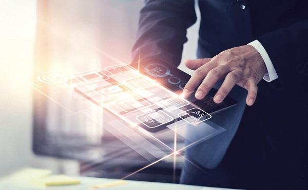 Növelni kell a vállalatok digitalizációját
