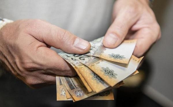 Több mint 60 millió forintot loptak el egy budapesti nő bankszámlájáról