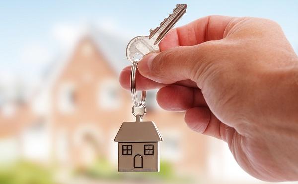 Közjegyző: a lakásbérleti szerződést írásba kell foglalni