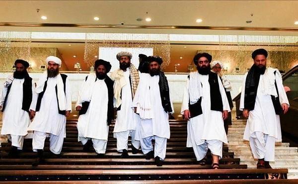 Tárgyalásra készül az afgán kormány és a tálibok