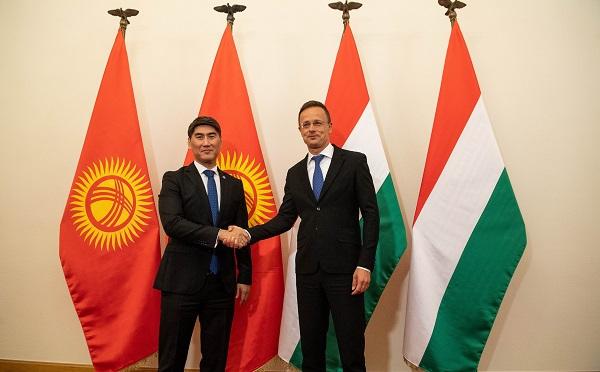 A keleti nyitásban dinamikusan növekszik Közép-Ázsia jelentősége