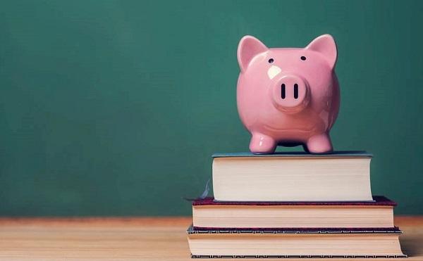 Ösztöndíj várja a pedagóguspályát választó hallgatókat