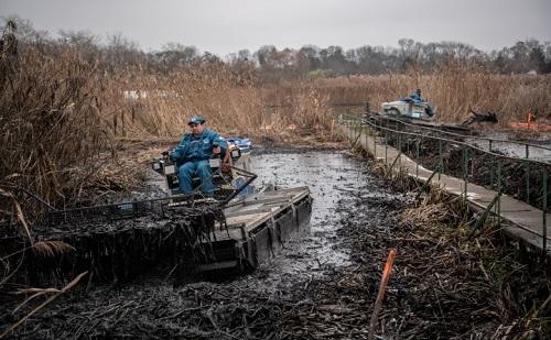 Nem jutott ki olaj a szennyezett területről