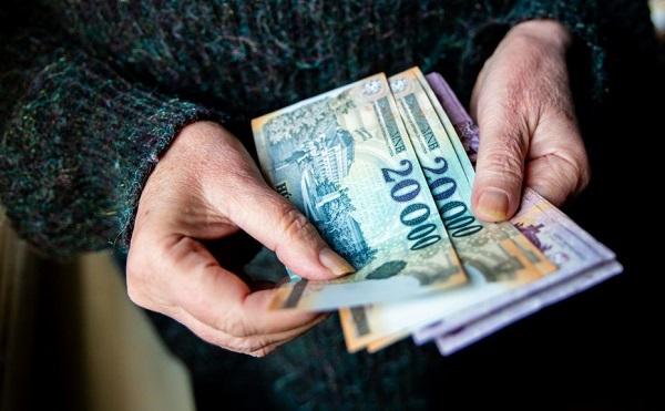 Érkezik az emelt összegű nyugdíj