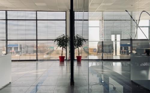 Nagy értékű irodaházat akart átjátszani a felszámolóbiztos