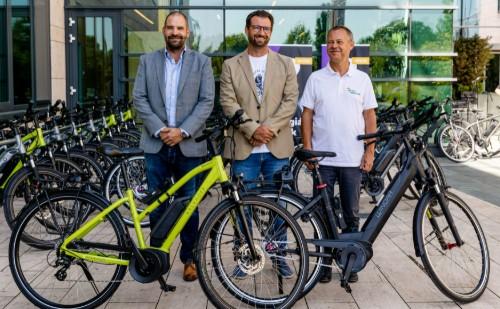 Elektromos kerékpárral segíti a munkába járást az MVM-csoport