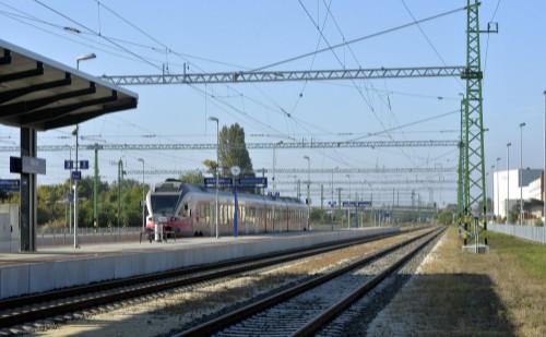 Új vasúti pályát adtak át Pest megyében