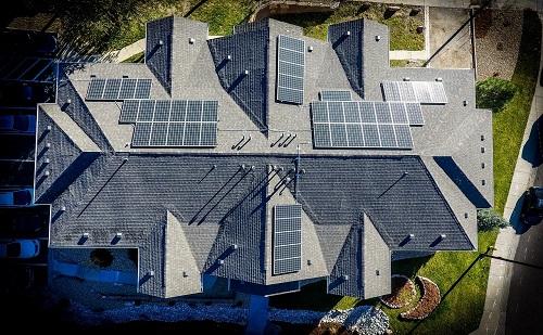 Ismét meghirdetik a MÉTÁR-tendert, bővülhet a napelem-kapacitás