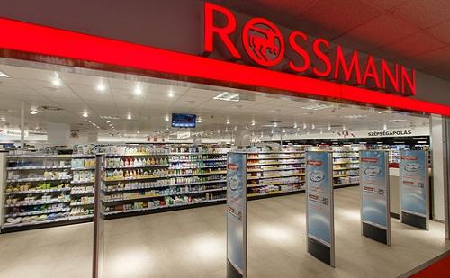 Rossmann futár: háztól házig szállít a drogéria