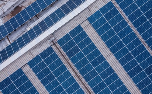 Nagy könnyítés érkezett a napelemet telepítők számára