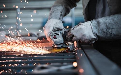 Négymilliárd forintból bővítenek az ország több pontján a német cégek
