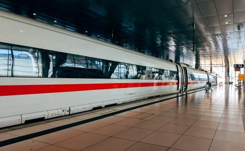 Magyarország bekapcsolódna az európai gyorsvasúti hálózatba
