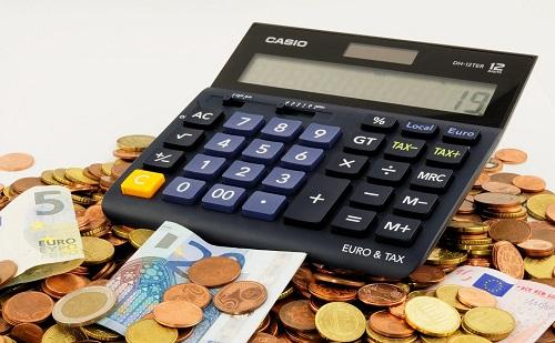 Adócsökkentések várhatók 2022-ben is