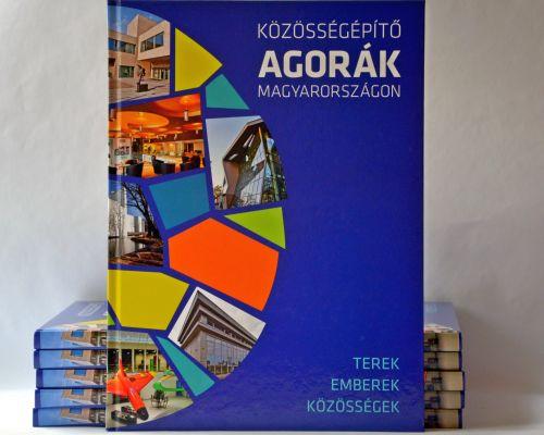Könyv jelent meg az Agora-programról