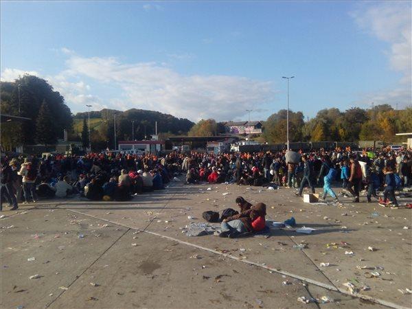 Ausztriában káoszt okozott a migránshullám