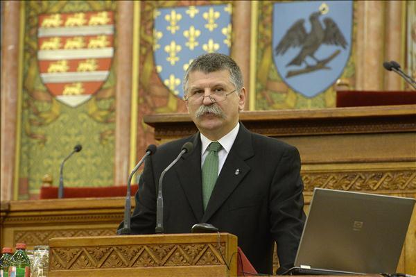 A migránsválságról nyilatkozott az Országgyűlés elnöke