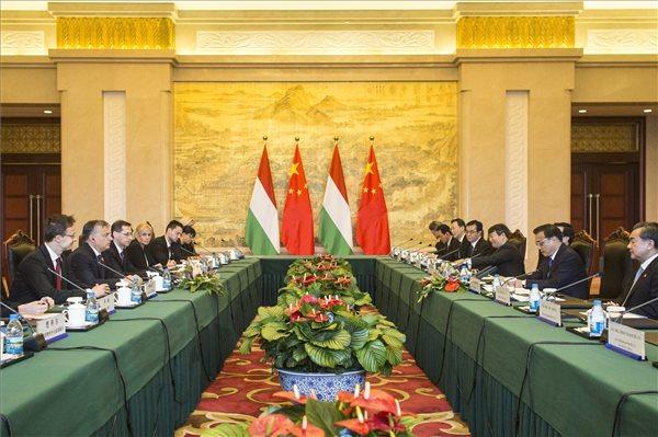 magyar-kínai megbeszélés