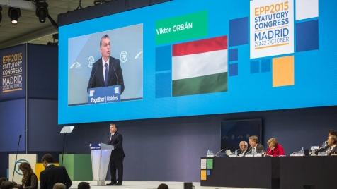 Orbán Madridban: ha Görögországnál nem tudjuk, Magyarországnál és Szlovéniánál kell megvédeni az EU határát