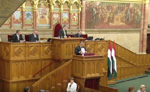 Orbán Viktor: Nem látni, hol a vége