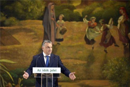Orbán Viktor a menekültinvázió támogatóiról beszélt