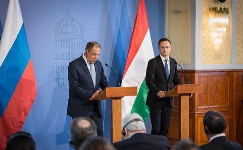 Szijjártó Péter Szergej Lavrovval tárgyalt