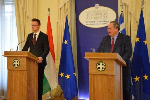 Görögország nem kíván közös, nemzetközi erőket befogadni saját területére